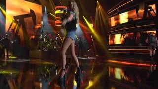 Jeanette Biedermann & Andreas Gabalier - You Shook Me All Night Long 2014