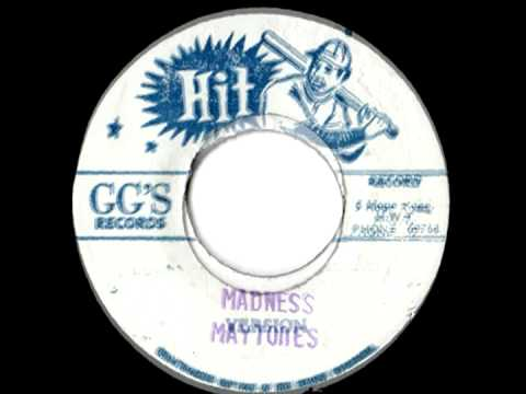 THE MAYTONES - Madness + version (1975 GG's records)