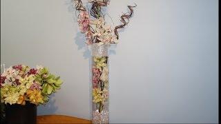 Высокая композиция с орхидеями в вазе