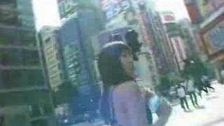 Walk in the city wearing swimsuit 吉田由莉 検索動画 23
