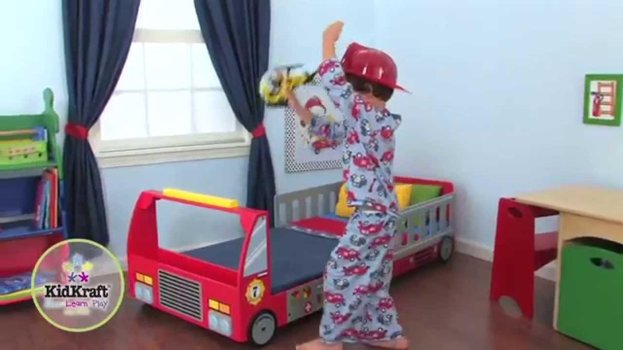 Lit pour enfant camion de pompier en bois kidkraft youtube for Lit kidkraft