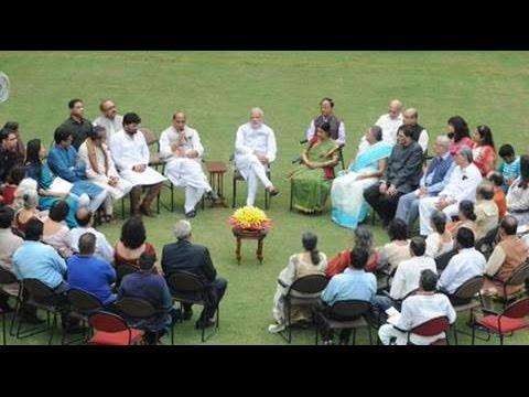 LIVE: Narendra Modi meets Netaji Subhas Chandra Bose