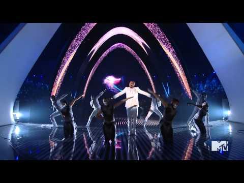 Chris Brown MTV VMA 2011 performance HD Yeah 3x Beautiful People HIGH-DEF 72OP