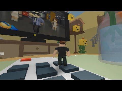 ROBLOX: FUGINDO DA SALA DE ESTAR GIGANTE E BAGUNÇADA! (Escape The Living Room Obby!)