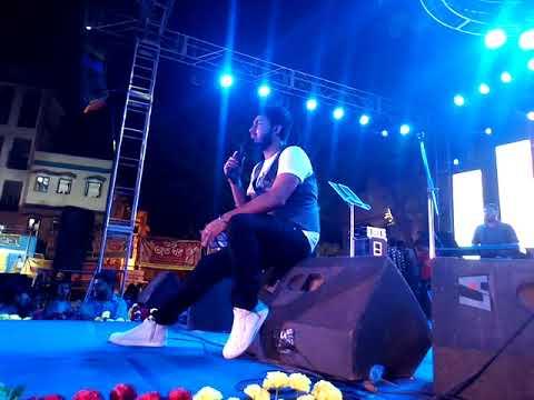 Abhi Mujh Mein Kahin...Raj Barman awasome stage performance