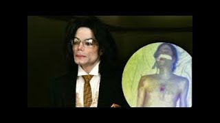 Нега Майкл Джексон териси рангини узгартирган?