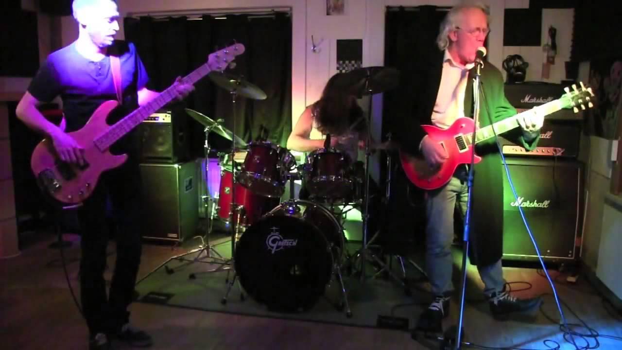 """Download 201402 ACTU-tv """"Le cabaret vert"""" du groupe Ablaze, le clip"""