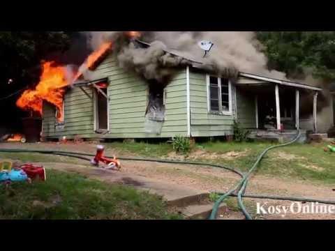 KFD Battles Elm Street Fire