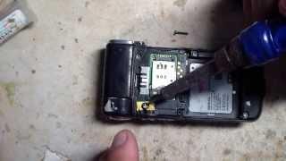 Как скрутить слизанные и завальцованные шурупы(Samsung Galaxy S5 SM-G900F 16Gb http://goo.gl/UThoYh Группа в контакте http://vk.com/club47746978 Мой блог http://vasiashifoner.blogspot.ru ..., 2013-03-17T13:01:49.000Z)