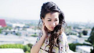 Hair Tutorial: Romantic Curls + Sneak Peek! Thumbnail