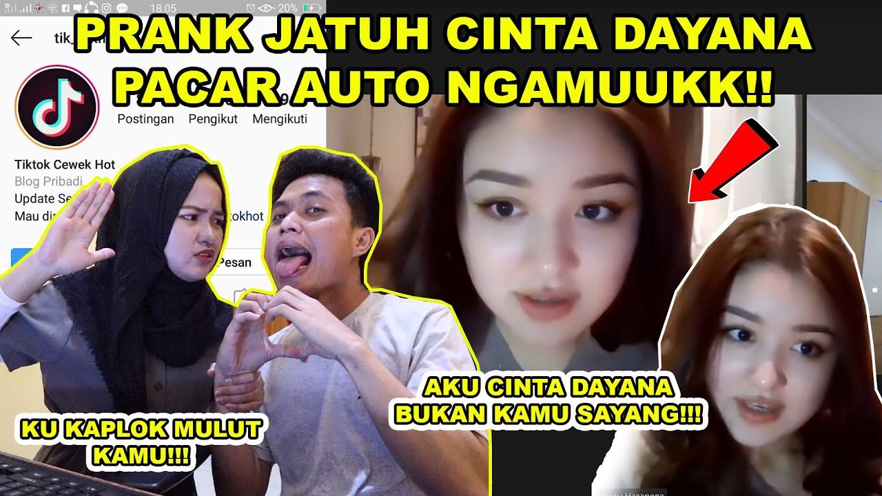 PRANK JATUH CINTA DAYANA DEPAN PACAR!!! || LANGSUNG NGAMUUKK!!!