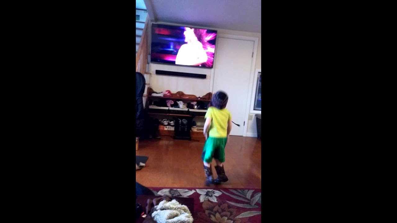Beyonce chicken dance by Cole - YouTube