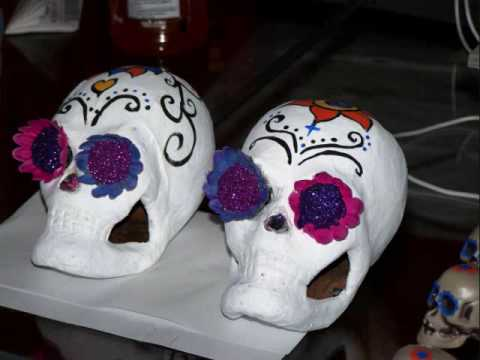 How To Make A Sugar Skull Decoration Youtube