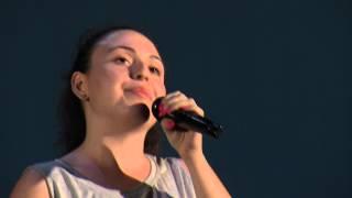 """Marianna Corvino concorrente festival canoro """"Il Pavone"""""""