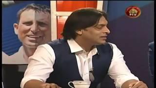 Download Video Wasim Akram & Shoaib Akhtar Shares Funny Story of him Waqar Younis and Sohail Tanvir MP3 3GP MP4