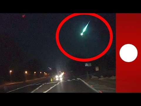 Poland burning meteor shower caught on dashcam