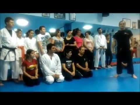 Artsport Felix-Shotokan y claseate  con SAFE THE CHILDREN