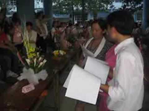 khoa TC-KT DH Lac Hong cam hoa chao mung 20-11-2009.flv