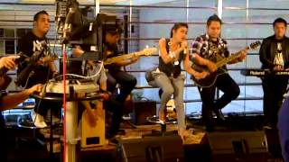 Dewi Marfa @811 Show on MetroTV