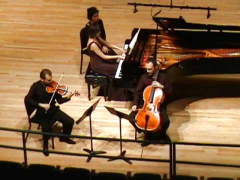 Beethoven: Piano Trio in C minor, Op. 1, No. 3 - IV. Prestissimo