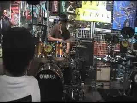 John Thomas drum solo @ Yamaha Drum Clinic