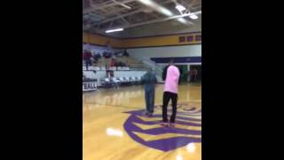 vuclip Proposal on a Basketball Court