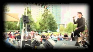 Daley sings Pretty Wings @ Centennial Olympic Park