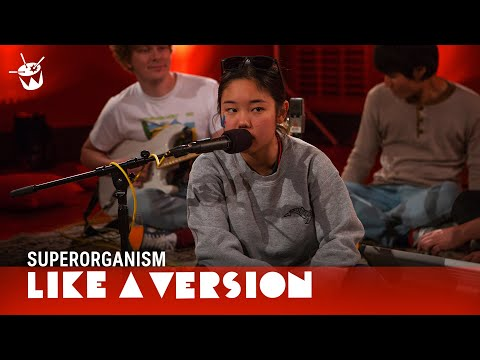 Superorganism - 'Something For Your M.I.N.D.' (live on triple j)