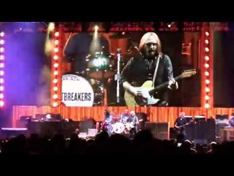 Tom Petty Live 2017 - You Wreck Me - EXTENDED VERSION! Nashville 04/25/17