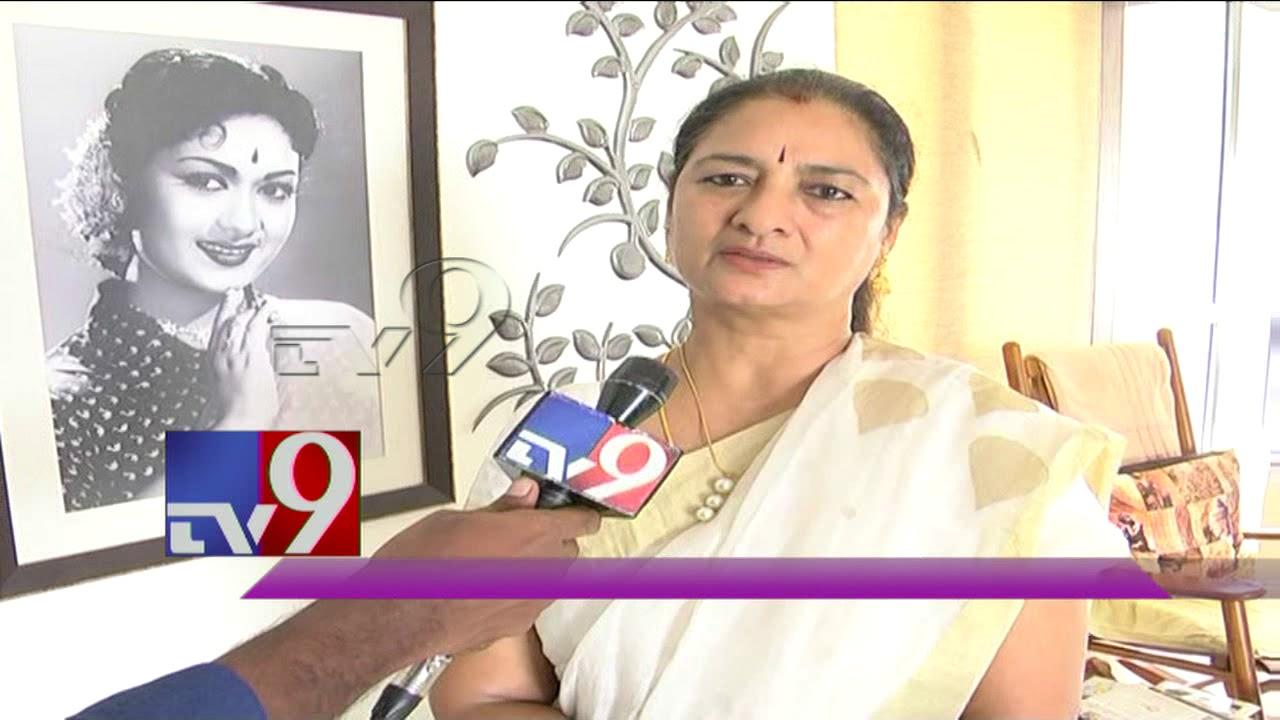 Gemini Ganesan Daughter Against Mahanati: Mahanati Savitri Daughter Reaction On Gemini Ganesan's
