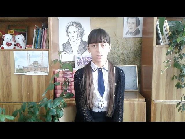 Изображение предпросмотра прочтения – ЮлияТинякова читает произведение «Брожу в стенах монастыря» А.А.Блока