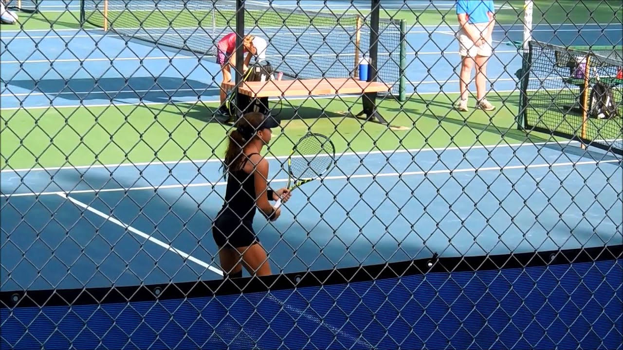 Nikki Yanez Returning Serve at the USTA Florida Level 5 ...