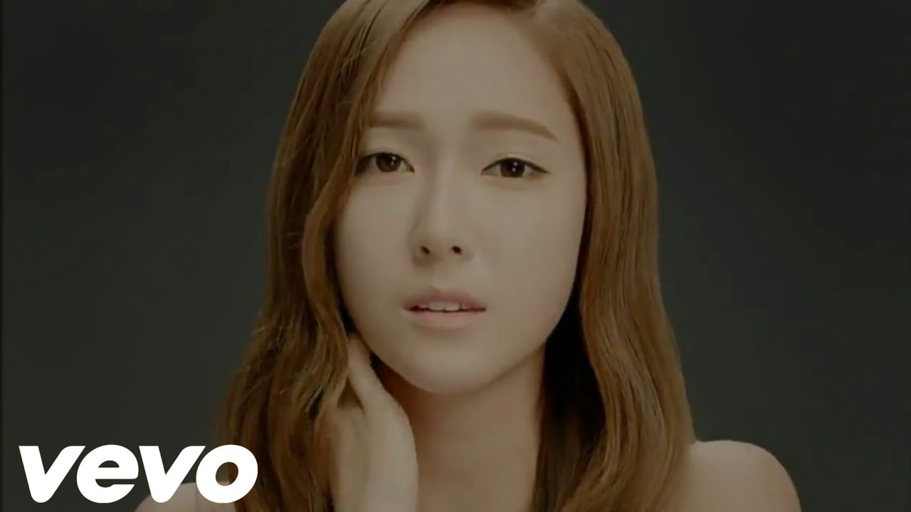 Download 少女時代 (Girls' Generation) - Divine [Official Music Video]