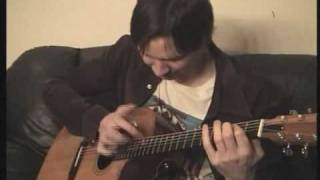 Paul Gilbert plays Spanish Fly by Van Halen