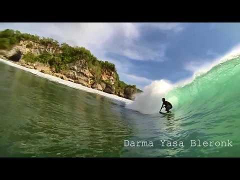 Surfing in Bali 2014