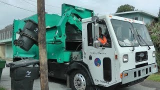 Garbage Trucks: City of Santa Monica