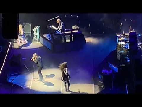 "Ozzy Osbourne performs ""Mr. Crowley"" at Ozzfest 2018 on NYE in LA"