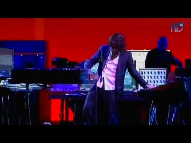 Jean Michel Jarre Oxygene Live In Paris Synthtopia