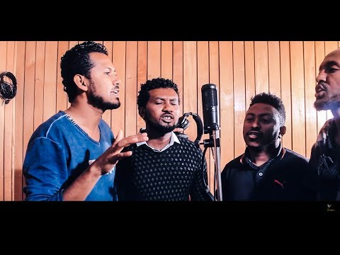 """Wubshet Assefa """"Echilalew"""" እችላለሁ New Amharic Protestant MEzmur 2018 (Official Video) thumbnail"""