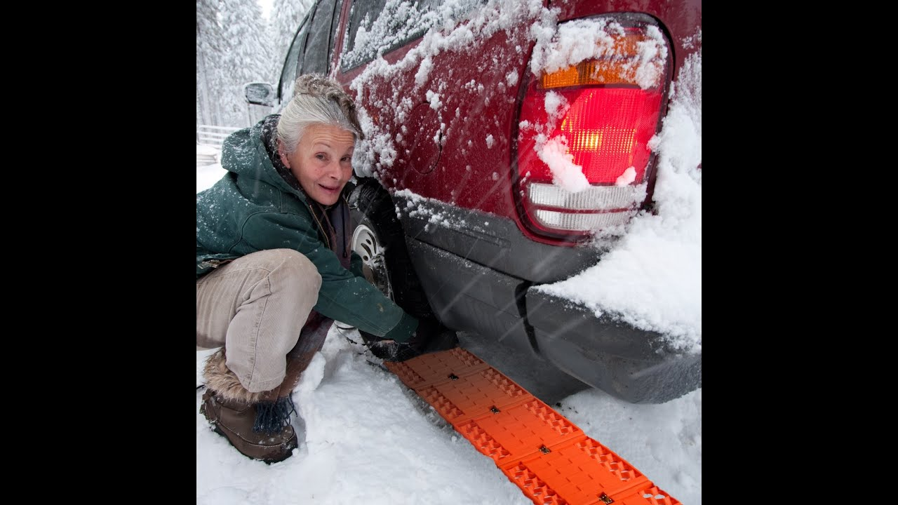 Review jumbl all weather foldable auto traction mat tire for Best doormat for snow