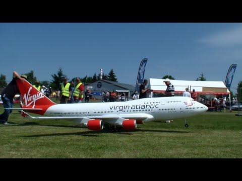 Virgin Boeing 747-400 Gigantic R/C 4x Turbine Model Airliner By Adi Pitz 2015 3.Airlinertreffen