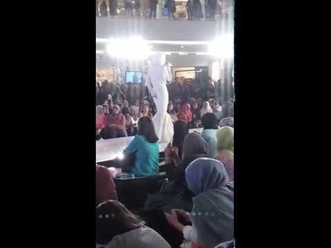 Dewi sandra-nyanyi air mata surga di JFW @Sency
