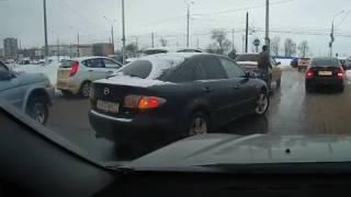 В Туле автолюбители устроили драку после ДТП