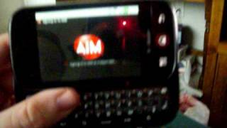 MOTOROLA CLIQ (TEXTING, AIM AND ON SCREEN KEYBOARD)