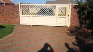 3.0 Bedroom House For Sale In Dawn Park, Boksburg, South Africa For Zar R 600 000