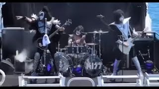 KISS playing to Sharks, And I want to interview Bob Kulick.