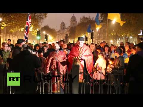 UK: Ukraine splits London into two marches, fascism discussed