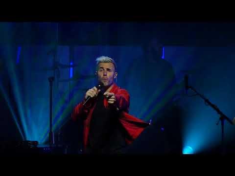 Gary Barlow - Cry - Live at Birmingham
