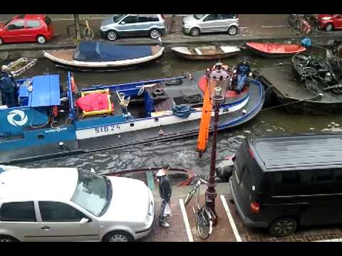 Cleaning the Amsterdam canals (2/2)