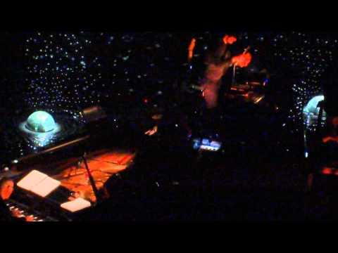 Ludovico Einaudi - Brothers - Live @Le Grand Rex Paris - 21.01.2014 (1) mp3